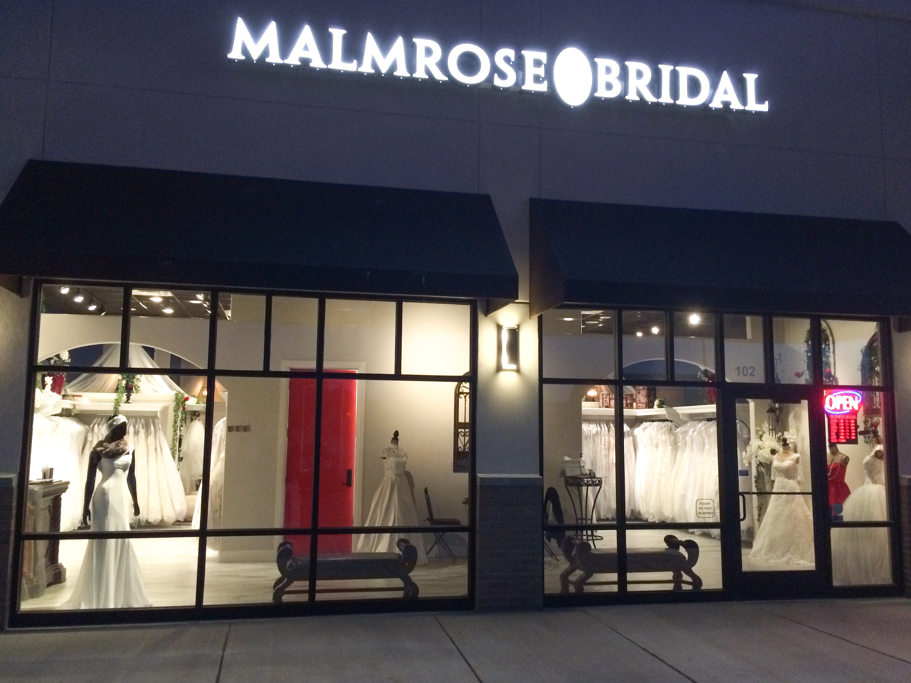 Malmrose Bridal: Sweetheart Gowns Authorize Retailer