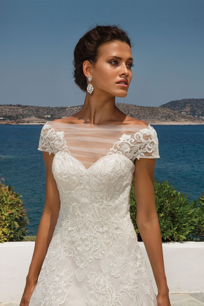 Justin Alexander Style 8955 Lace Applique on Point D'esprit A-line Gown with Short Sleeves