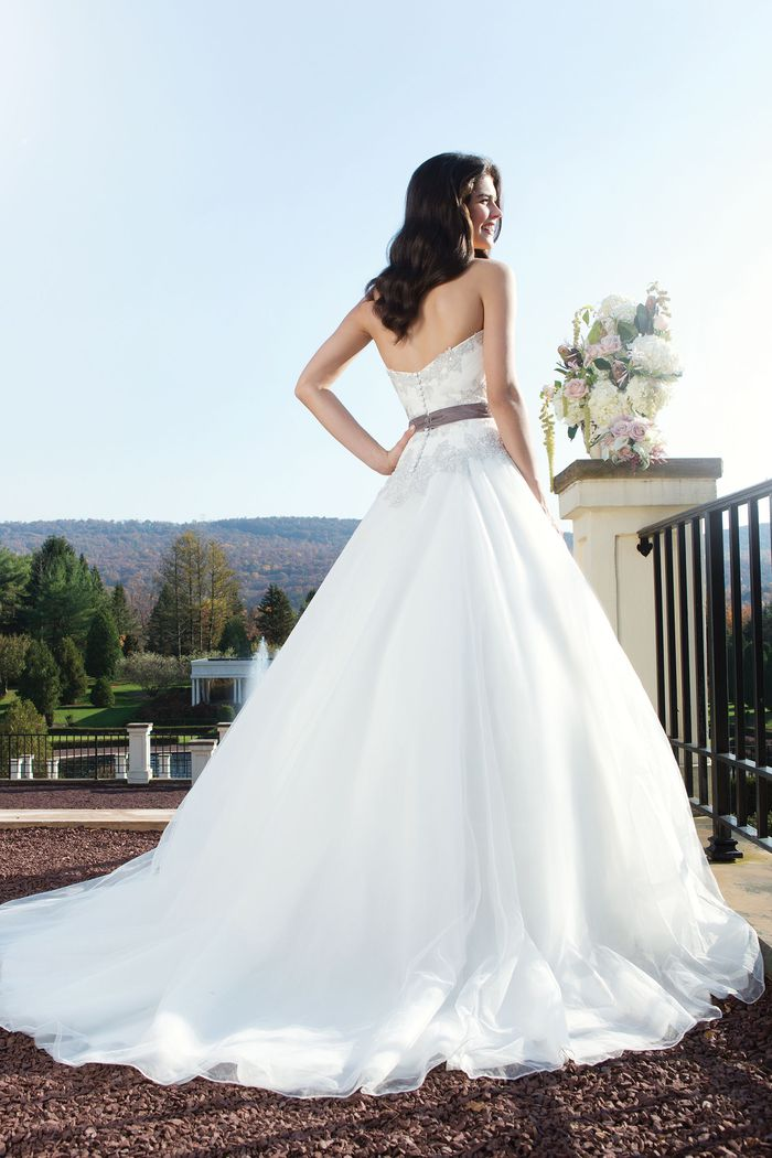 Sincerity Bridal Style 3756 Tulle ball gown complemented by a sweetheart neckline