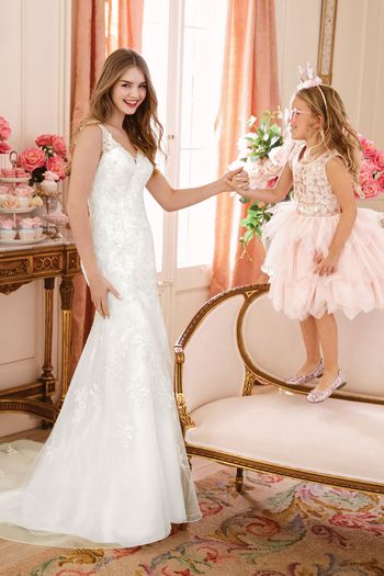 Sweetheart style 11067 V-Neckline with Beaded Lace Trumpet Gown
