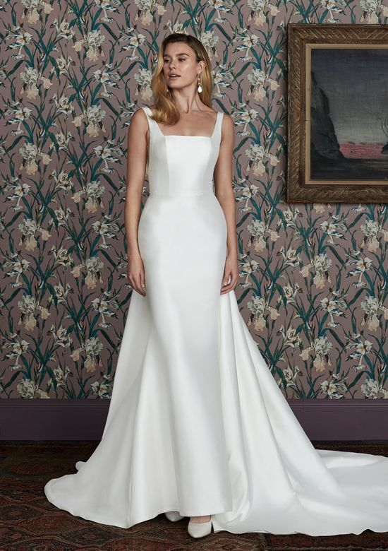 Justin Alexander Signature Style 99143DT CHARLIE TRAIN Clean Cathedral Length Detachable Train with Bow Detail