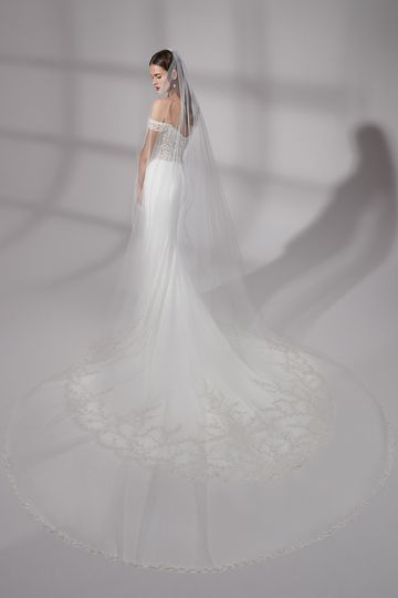 Justin Alexander Signature Style 99187V Westfield Veil Cathedral Length Veil with Embroidered Beading