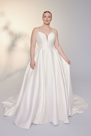 Justin Alexander Signature Style 99142PS Madeleine Plus Size Mikado Ball Gown with Plunging Bikini Neckline and Bow