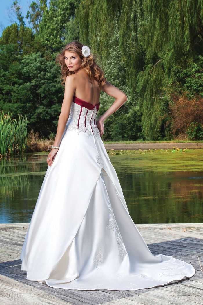 Sincerity Bridal Style 3681