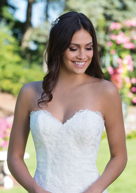 Sincerity Bridal Style 3926 Tulle and Lace Fit and Flare with Sweetheart Neckline