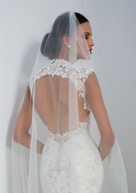 Justin Alexander style 88006V veil