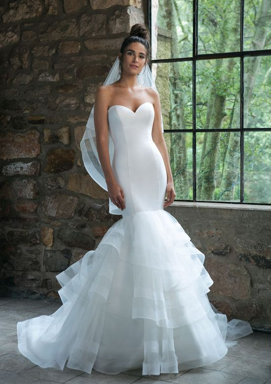 Sincerity Bridal Style 44047V Tulle and Horsehair Fingertip Length Veil