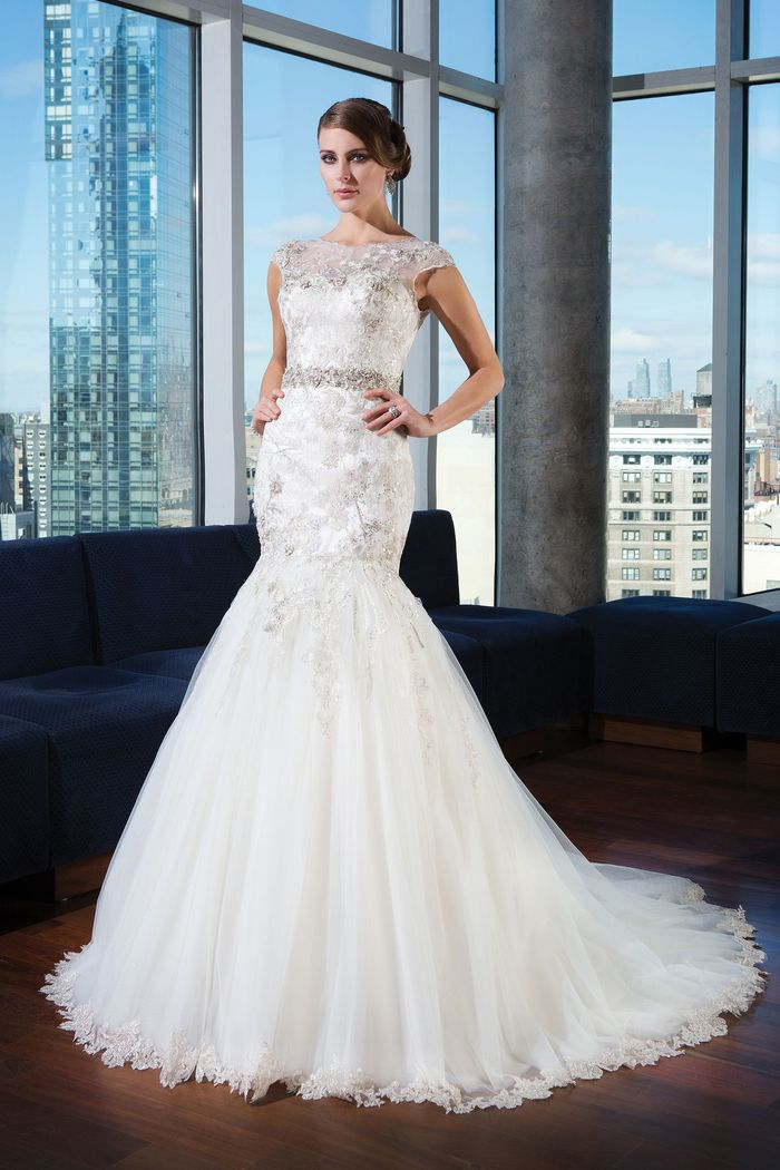Justin Alexander Signature Style 9732 Tulle mermaid dress emphasized by a Sabrina neckline