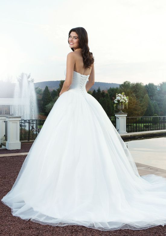 Sincerity Bridal Style 3752 Tulle ball gown embellished by a sweetheart neckline