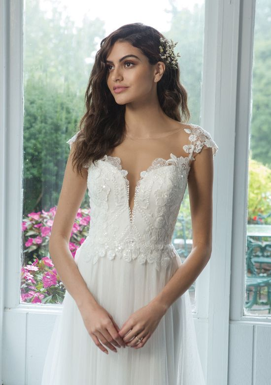 Sweetheart style 11081 A-Line Net Skirt with Point d'Espirit and Sequined Lace