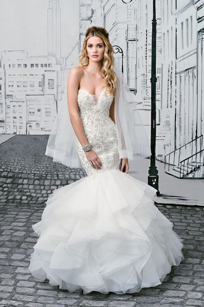 Style 8901 Beaded Metallic Lace Mermaid Gown With Tiered Ruffled Skirt Justin Alexander