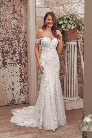 Justin Alexander Style 88161 Amalie Lace Fit and Flare with Detachable Off the Shoulder Straps