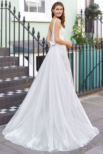 Adore by Justin Alexander Style 11128DT Tulle Detachable Train with Satin Flowers