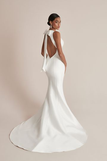 Justin Alexander Style 88200 Campbell Stretch Mikado Fit and Flare Wedding Dress with Detachable Bow