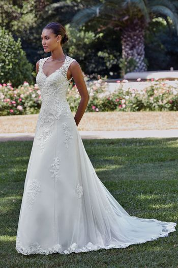 Sincerity Bridal Style 44150 Venice Lace A-Line Gown with Keyhole Back Detail