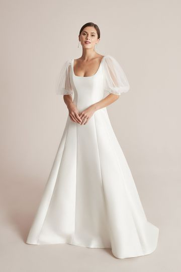 Justin Alexander Style 88201SL Callaghan SL Detachable Tulle Puff Sleeves
