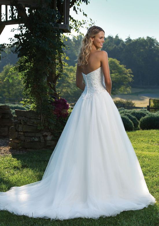 Sincerity Bridal Style 3901 Beaded Sweetheart Bodice and Full Tulle Ball Gown