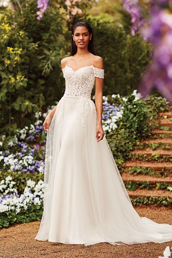 The 27 Best Plus Size Wedding Dresses Of 2020