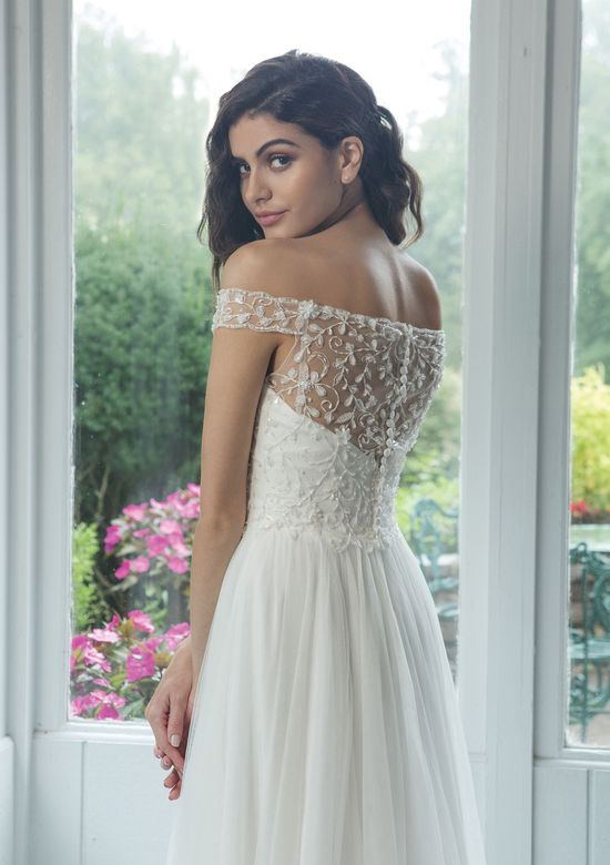 Sweetheart style 11066 Off the Shoulder Beaded Bodice with A-line English Net Skirt