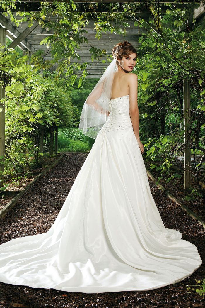 Sincerity Bridal Style 3674