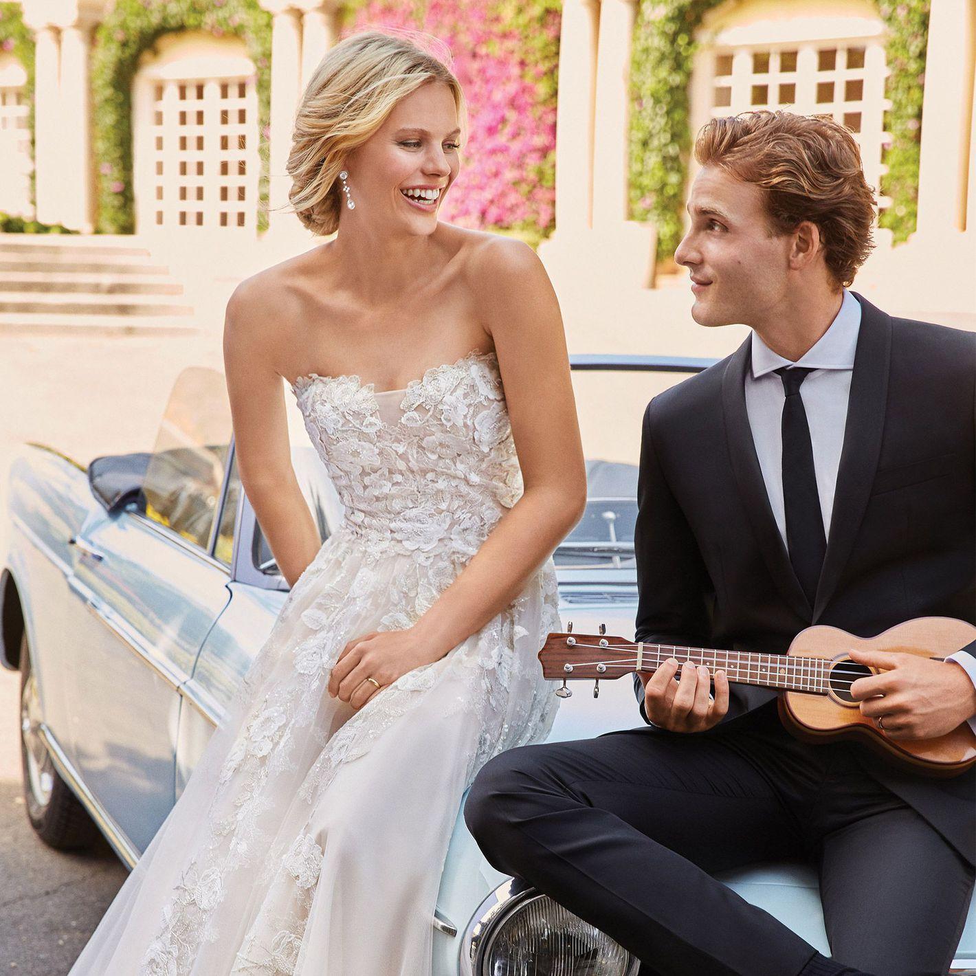 Sincerity Bridal - Stil 44073: Sweetheart Illusion - Korsagenkleid mit blumigen Spitzenapplikationen