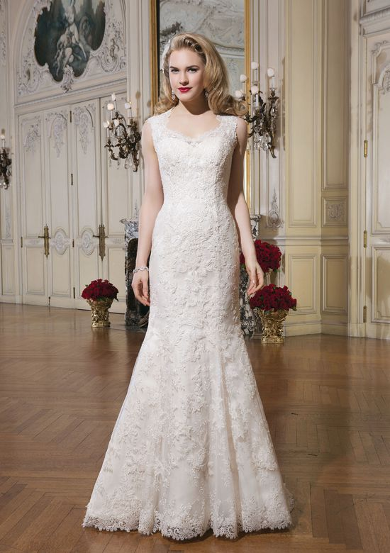 Justin Alexander Style 8656 Queen Anne Venice Lace and Organza Mermaid Gown