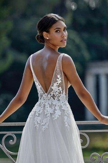 Sincerity Bridal Style 44149 Deep V-Neckline Lace Bodice with Tulle A-Line Skirt