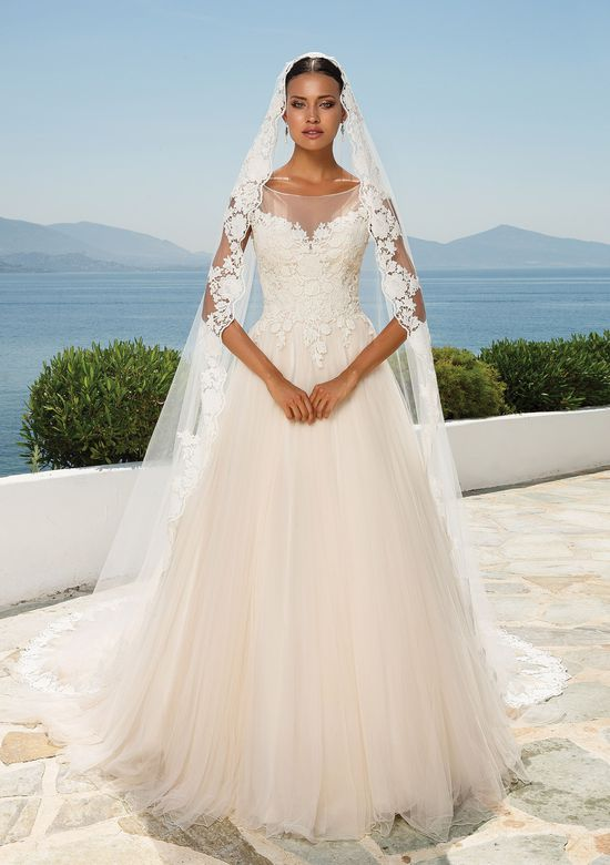 Justin Alexander Style 8852V Lace Trim Cathedral Length Veil