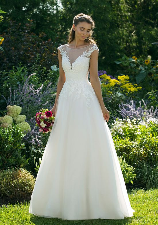 Sweetheart Gowns style 11036 Simple Tulle Skirt Ball Gown with Lace Bodice