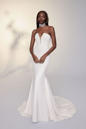 Justin Alexander Signature Style 99115 PALERMO Crepe Strapless Gown