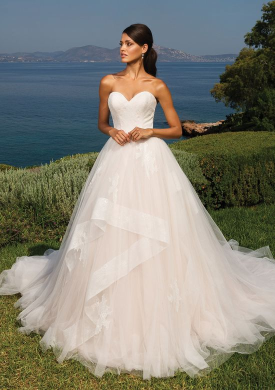 Justin Alexander Sweetheart Bodice with Tulle Ruffled Ball Gown Skirt