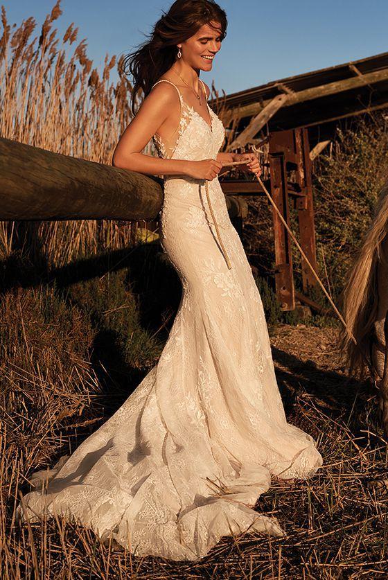 Vestito Da Sposa Western.Boho Chic E Sexy Abiti Da Sposa Lillian West