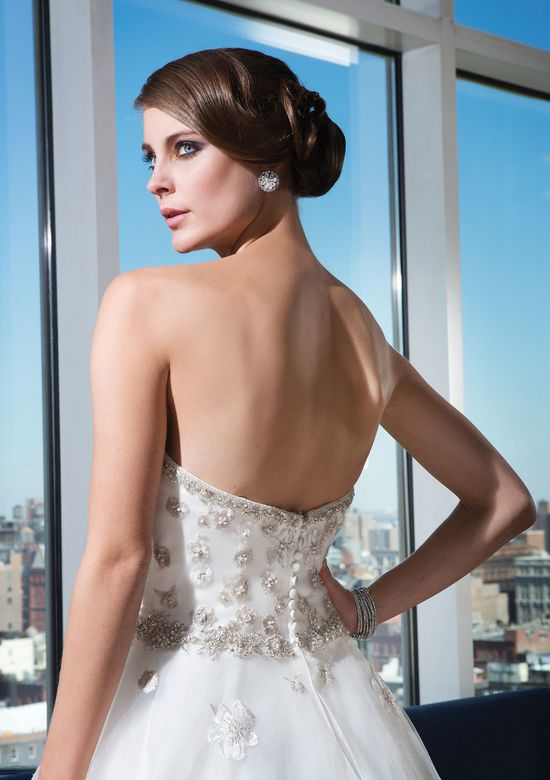 Justin Alexander Signature Style 9731 Tulle ball gown highlighted with a sweetheart neckline