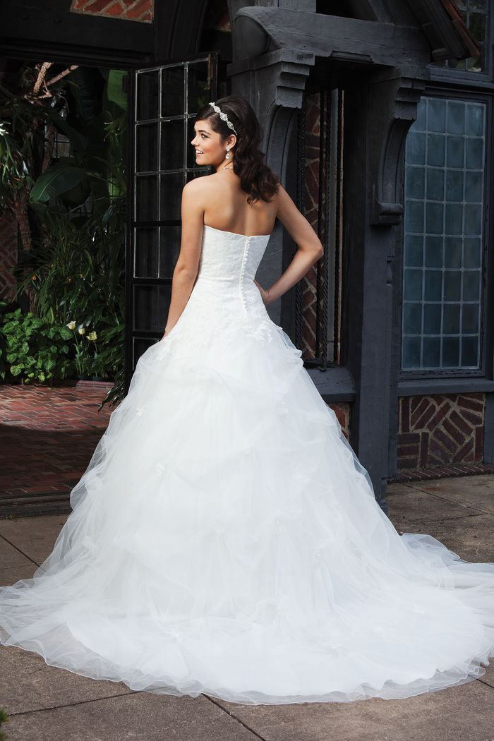 Sincerity Bridal Style 3740 Lace A-line dress with a sweetheart neckline