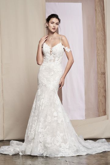 Justin Alexander Signature Style 99089 Tansy Off the Shoulder Fit and Flare Gown with Spaghetti Strap