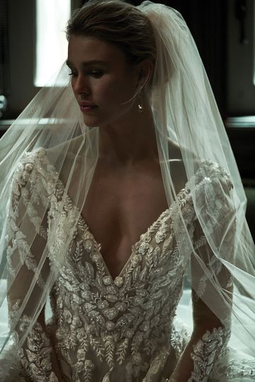 Justin Alexander Signature Style 99155V JULIE VEIL Embroidered Lace Cathedral Veil