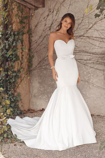 Justin Alexander Style 88139 Anne Sweetheart Luxe Satin Mermaid Gown with Detachable Bow Belt