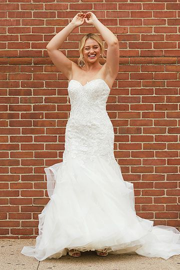 Justin Alexander Style 88011 | Sweetheart Lace Mermaid Gown with Horsehair Hem Iskra Lawrence