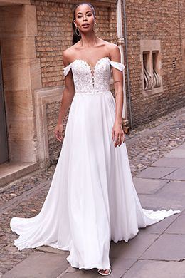 Adore by Justin Alexander Style 11189 Maeve Plunging Sweetheart Neckline Dress with Detachable Chiffon Straps